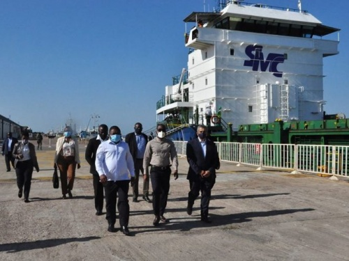 Coastal shipping service resumes, Mozambique